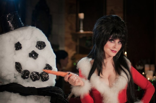 Elvira's Movie Macabre does Christmas : FilmMonthly